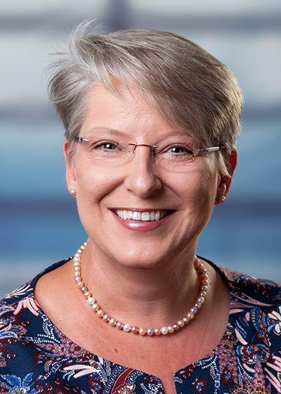 Dr. Bettina Weyland – Handchirurgin und Spezielle Unfallchirurgin